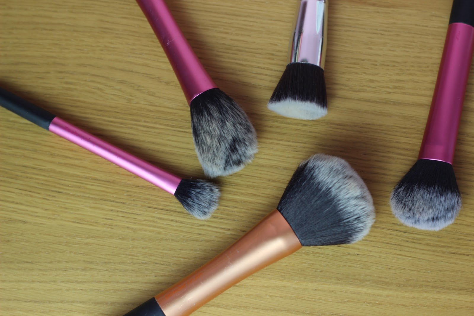 My Everyday Makeup Brushes Face