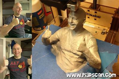 Richard e seu modelo 3d sendo impresso