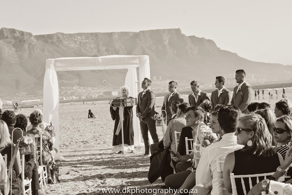 DK Photography CCD_6348-2 Wynand & Megan's Wedding in Lagoon Beach Hotel  Cape Town Wedding photographer