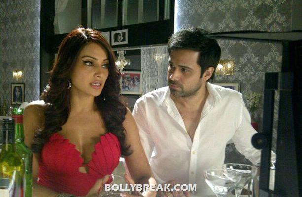 Bipasha Basu red dress Raaz 3 - (2) - Raaz 3 Stills - Bipasha Basu, Eisha Gupta