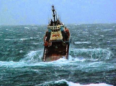 Dua Turis Korban Kapal Tenggelam Belum Ditemukan