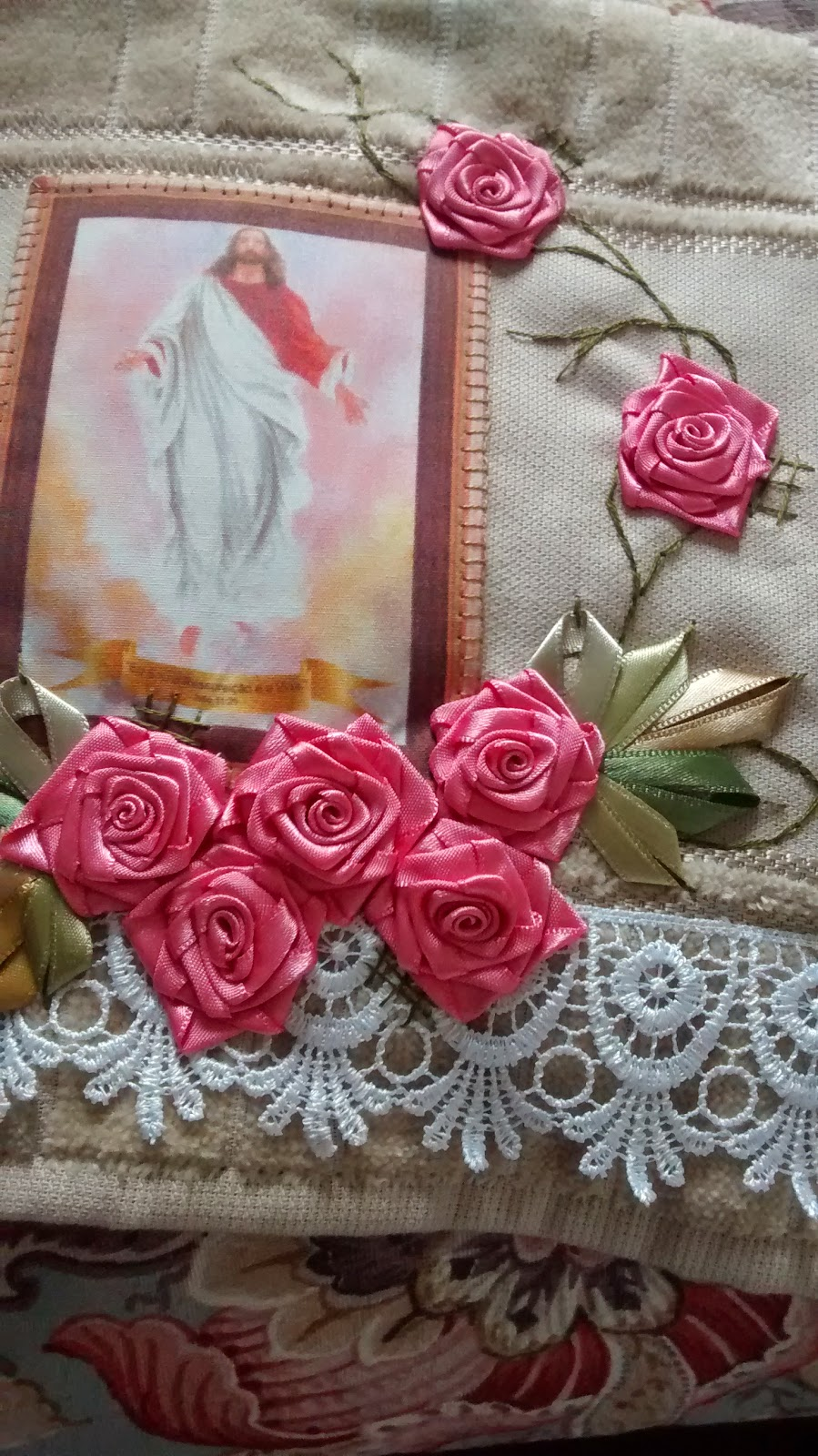 Armarinho Fernando Tatuape ~ LOY HANDCRAFTS, TOWELS EMBROYDERED WITH SATIN RIBBON ROSES JESUS