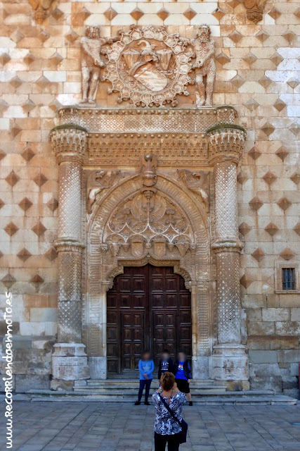 Portada del palacio del infantado, Guadalajara
