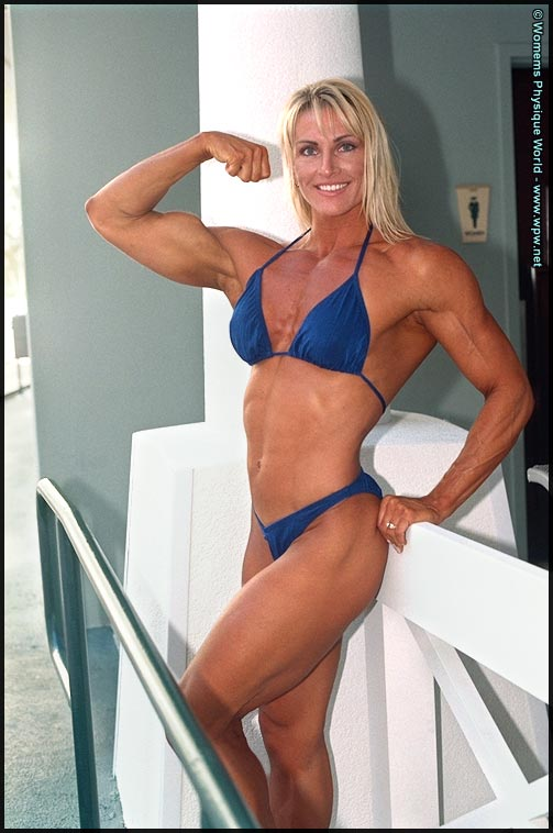 Female Bodybuilder Tonia Williams - Photo by Women's Physique World
