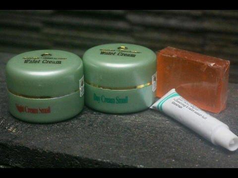 Walet Cream Small