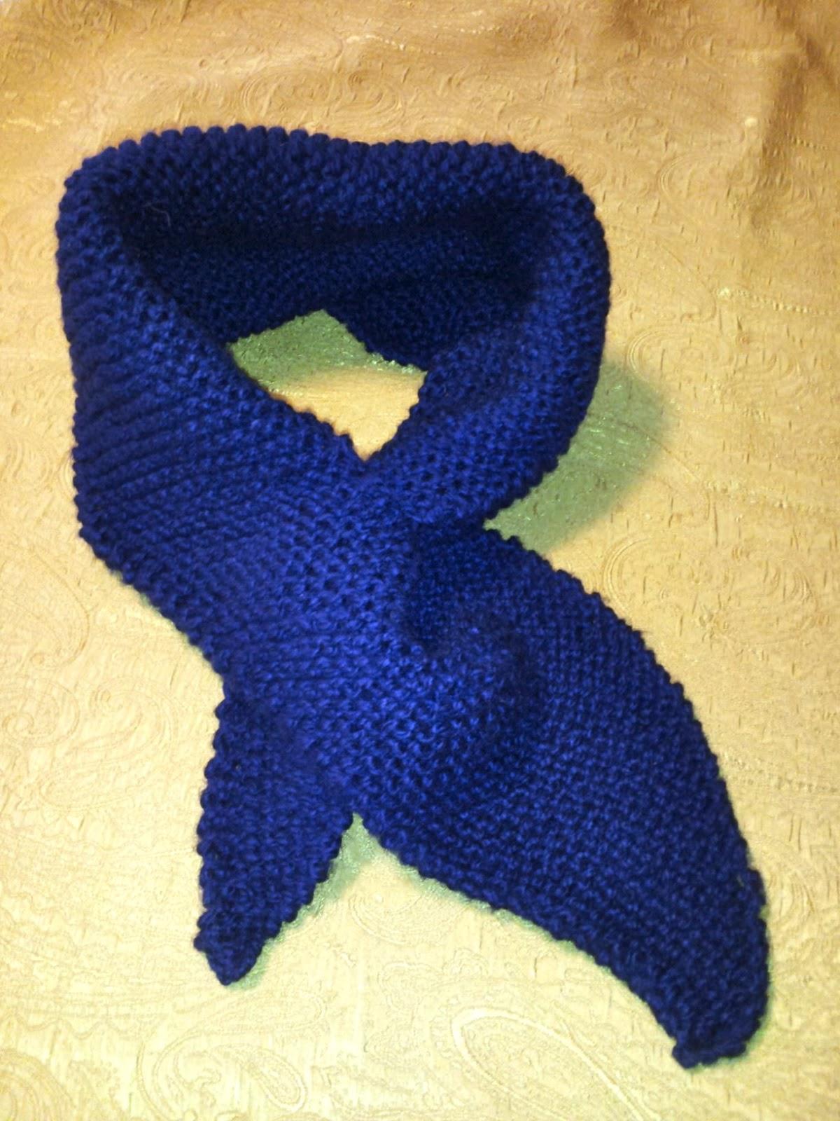 Keyhole Scarflette Knitting Pattern : Finished Objects Friday
