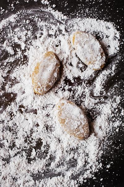 Making Ricciarelli