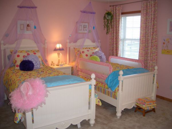Remarkable Little Girl Bedroom Two Beds 600 x 450 · 37 kB · jpeg