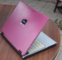Jual Laptop bekas Fujitsu FMV-S8220