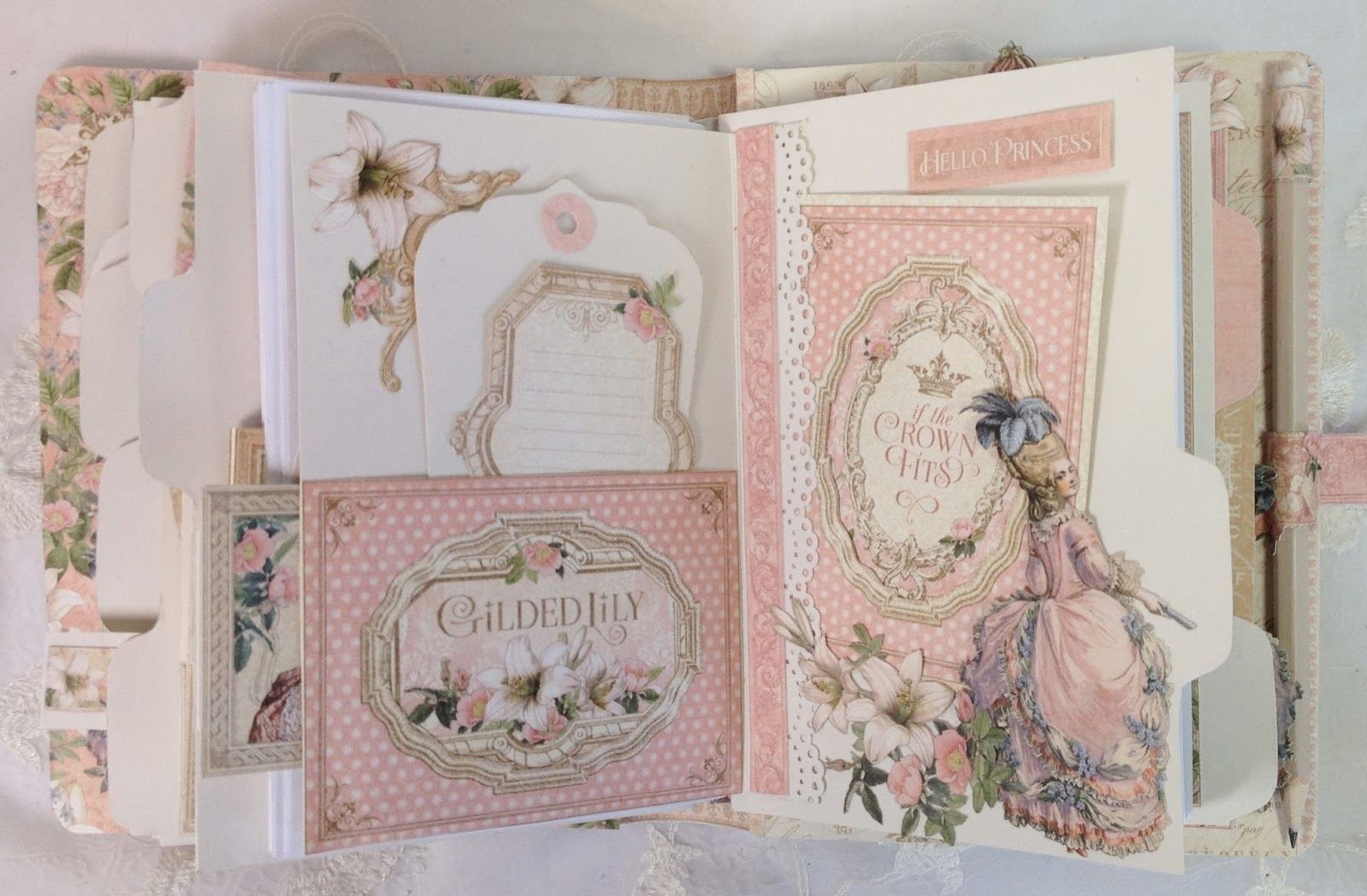 Scrapbook ideas romantic - Here I Made A Flip On The File Folder Page And Inside There Is A Pocket Punched The Hinge To Make An Other Pocket On The Right Side And The Punch Is From