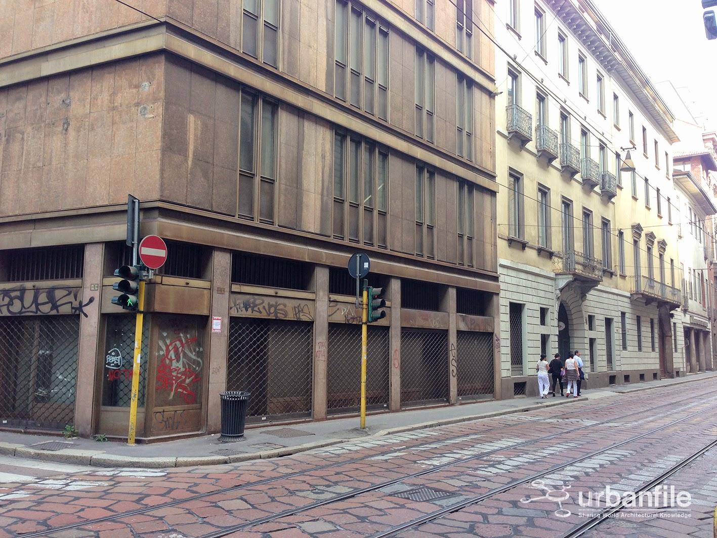 urbanfile milano zona centro storico quel vuoto cos