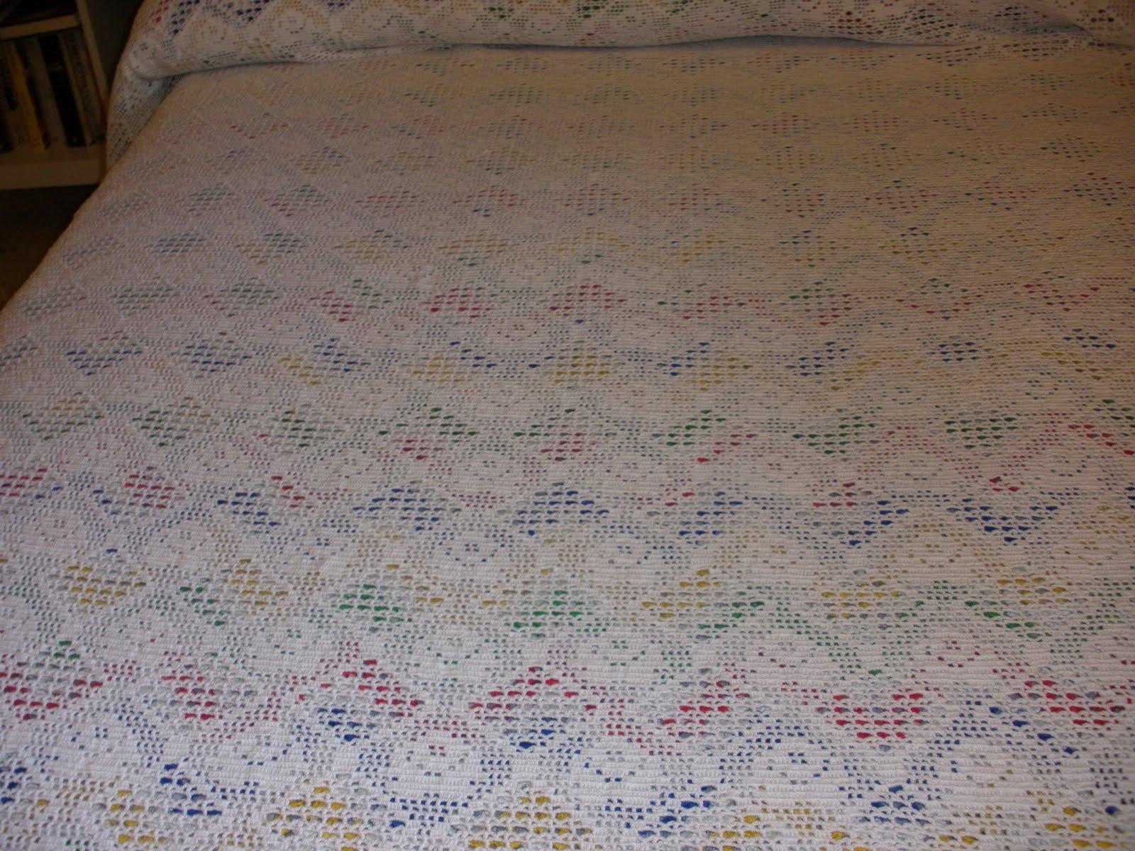 colcha de crochet en blanco con hilo algodon de 8