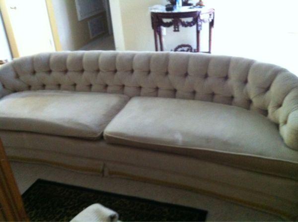 Thrifty thursday a craigslist tufted velvet sofa for Craigslist raleigh sectional sofa