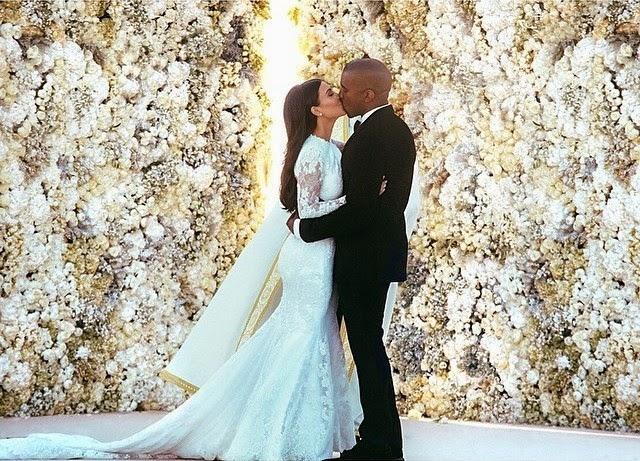 Kim Kardashian comparte imagen en instagram de su boda con Kanye West