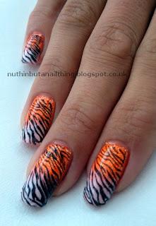 animal print nails tiger nail art