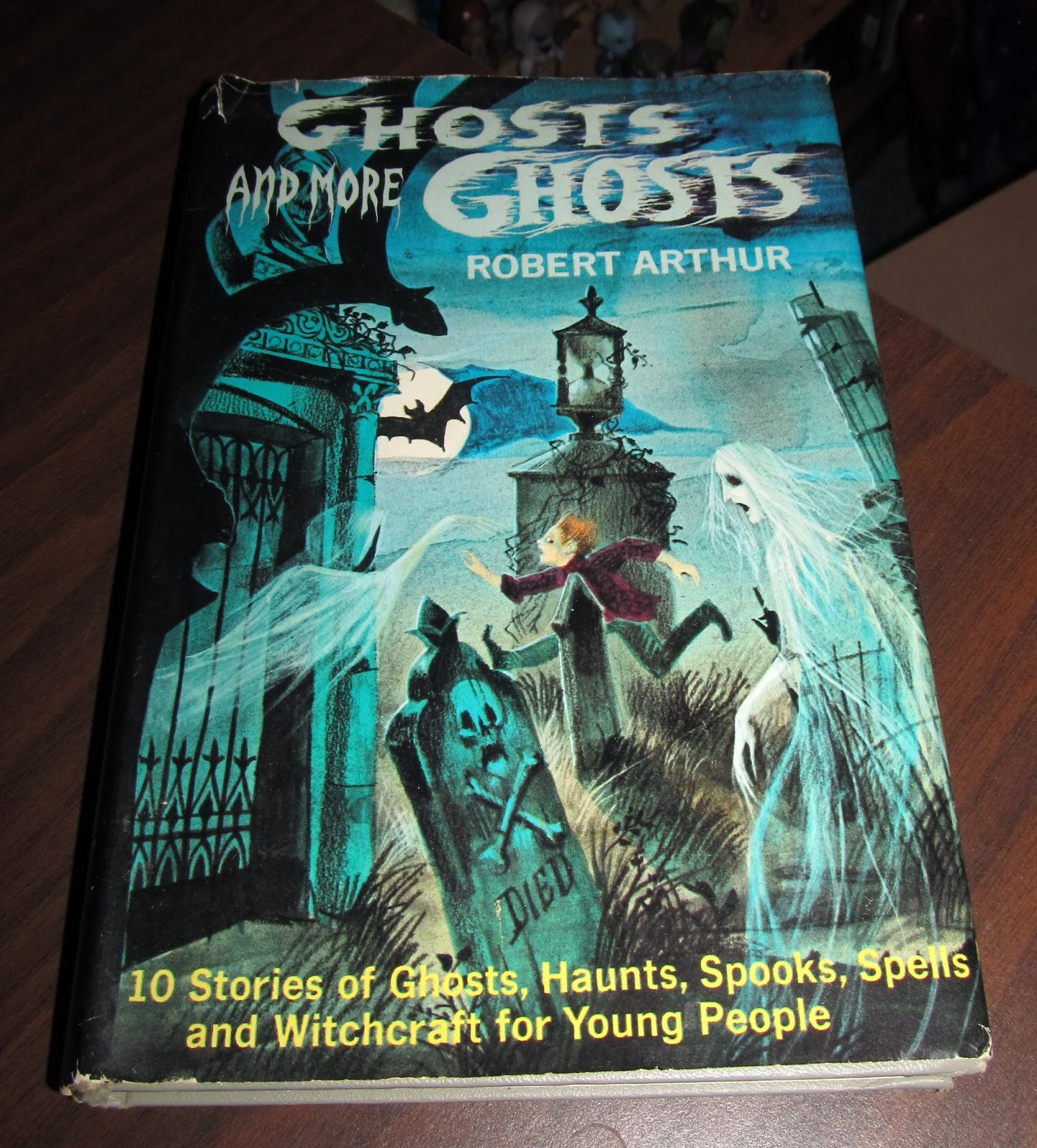 when i picked up robert arthurs ghosts and more ghosts at goodwill a few months back i immediately knew it was going in the halloween read pile