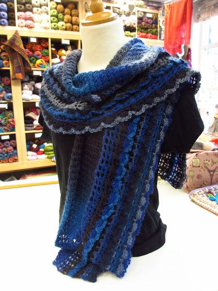 Sky-shawl