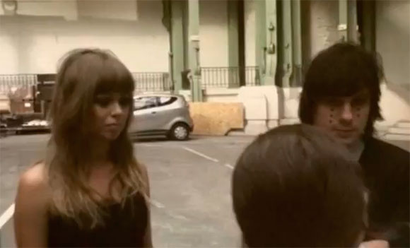 Chromatics - Looking For Love