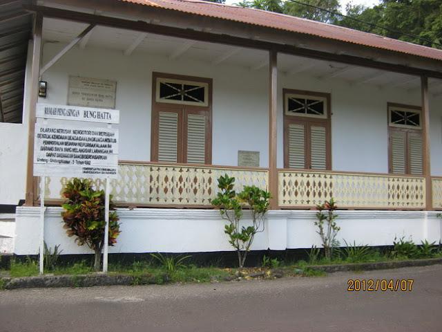 bangunan bersejarah di bandaneira