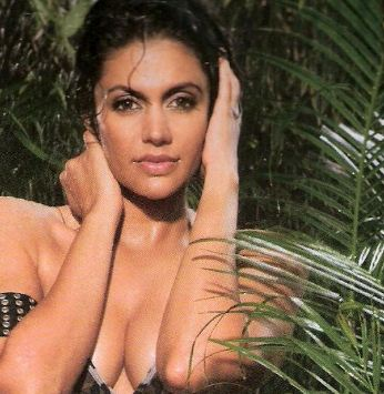 Mandira Bedi Hot : Photos, Pics, Videos, Images