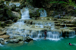 Wisata Indonesia air terjun sri gethuk