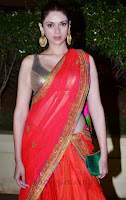 Aditi-rao-hydari-lehenga-Vishesh-bhatt-wedding-reception