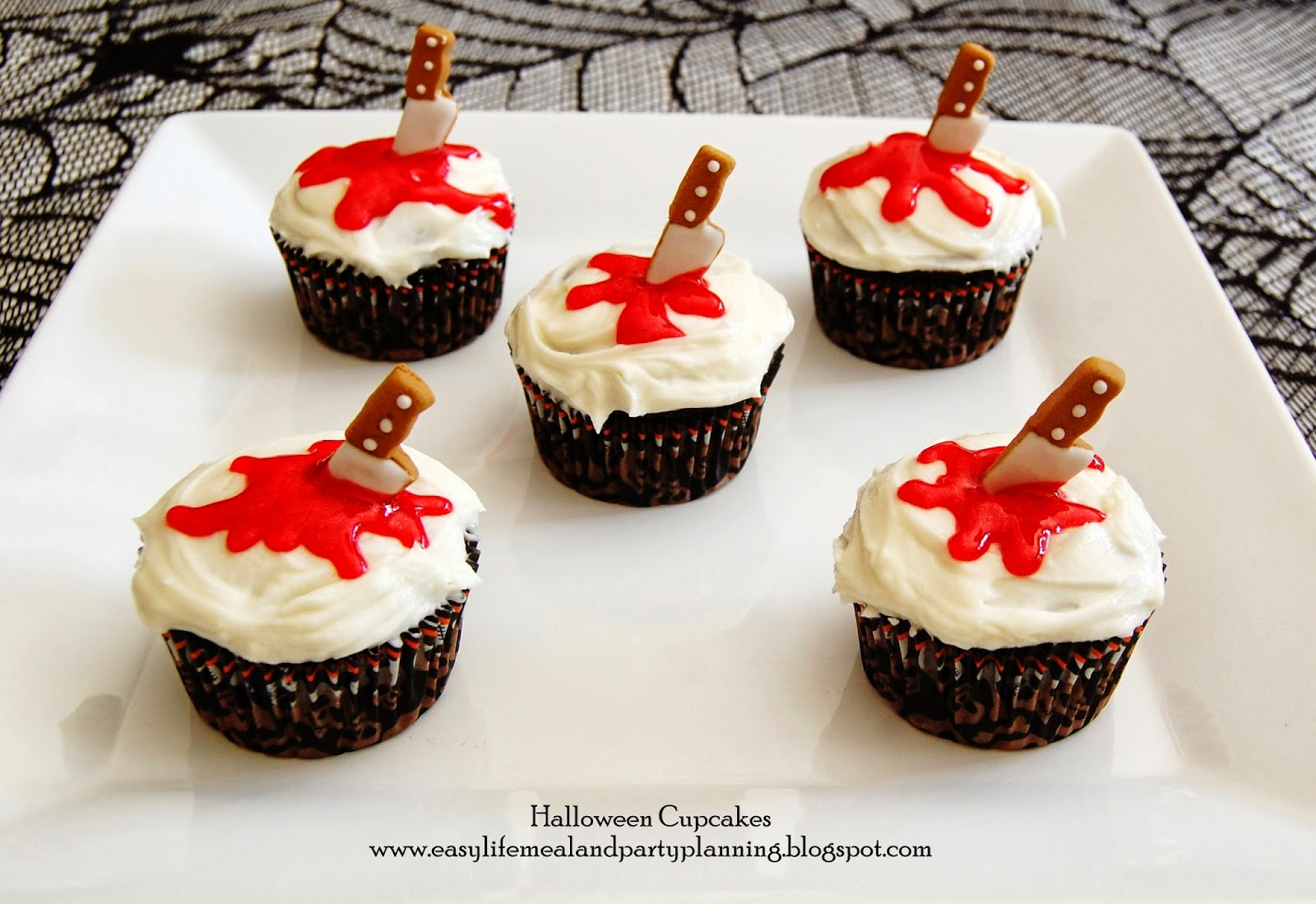 Easy Life Meal and Party Planning: Halloween Cupcake Toppers