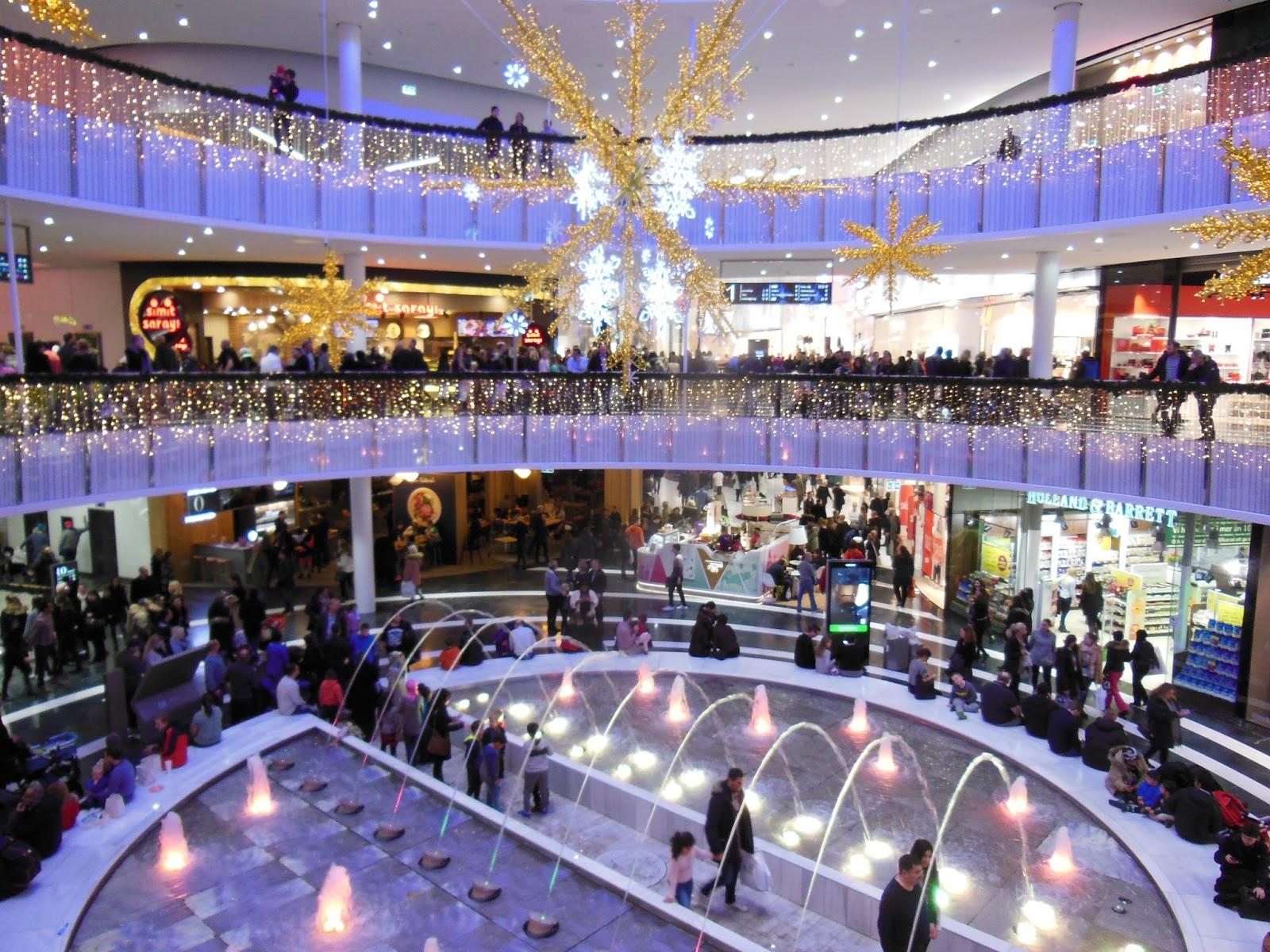 liljeholmen centrum öppettider