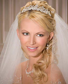 wedding veils tiaras sale