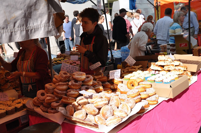 Portobello+Market+Notting+Hill+doughnuts
