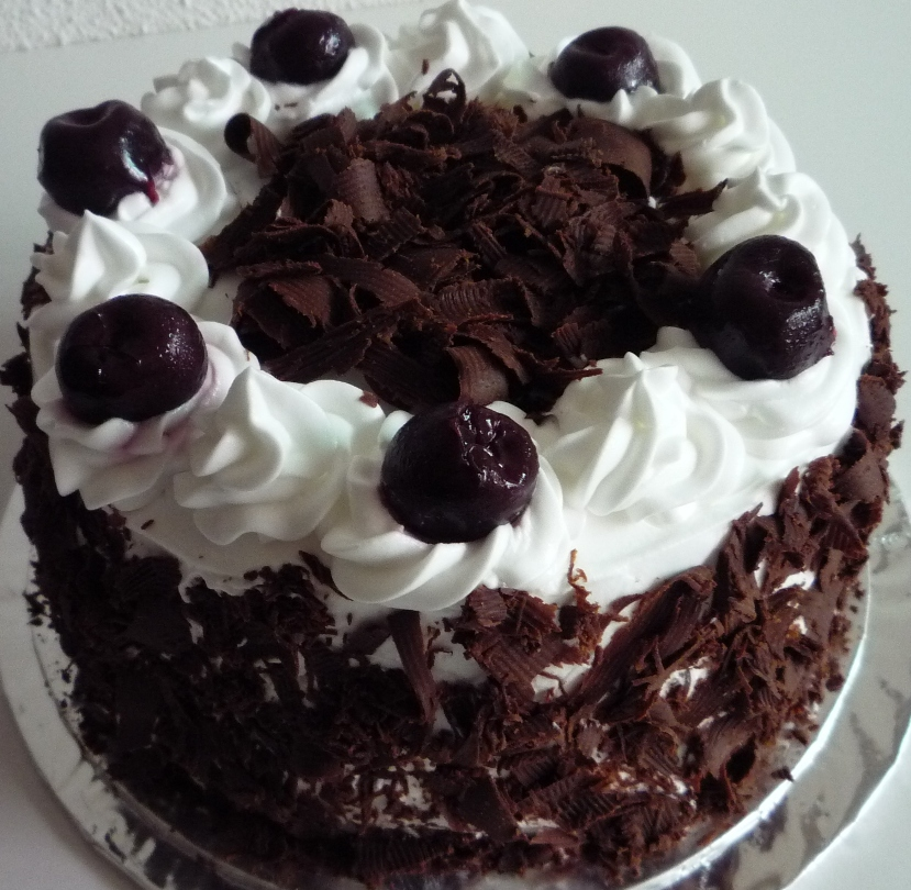 Cake Black Forest Birthday : Bakericious: Black Forest Cake