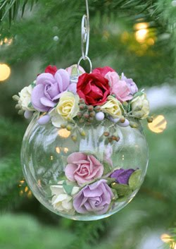 Feature Craft Post: Paper Rose Holiday Ornaments