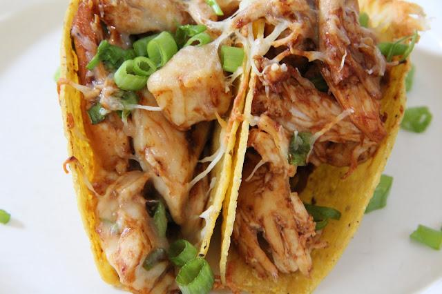 http://mixandmatchmama.blogspot.com/2013/08/dinner-tonight-bbq-baked-chicken-tacos.html