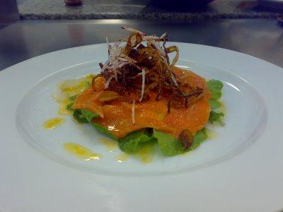 Perejil y culantro pescados mariscos tiradito de - Salmon con champinones ...