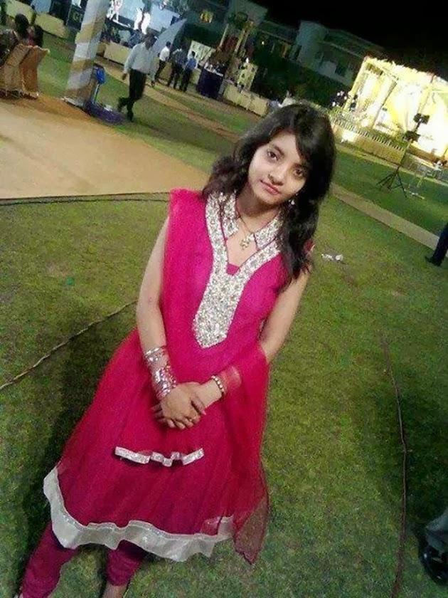 Lahore girls mobile numbers, singles whatsapp groups links