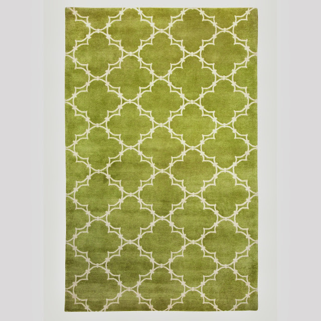 5' x 8' COCOCOZY Quatrefoil Rug in Apple Green