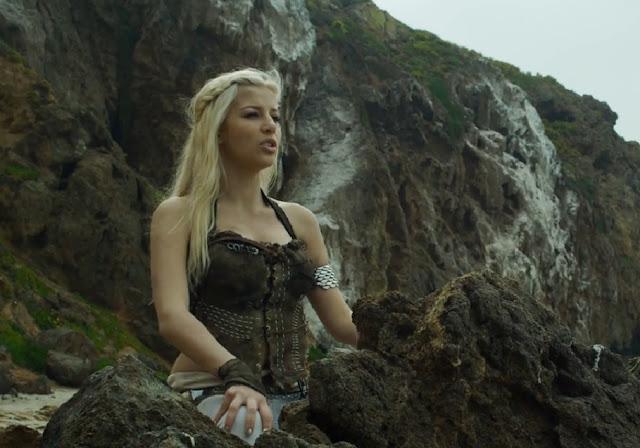 Daenerys de juego de tronos como si fuera un musical Disney - Juego de Tronos en los siete reinos