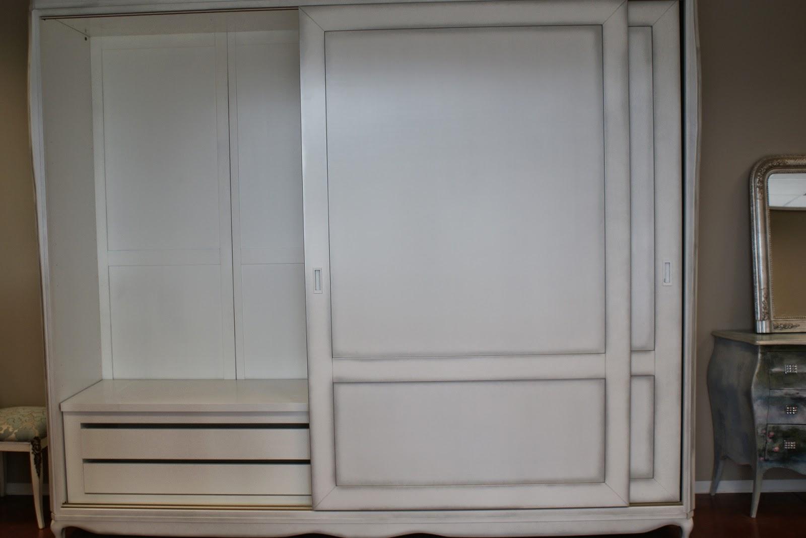 Armadio due ante scorrevole in legno guardaroba laccato for Stima del costo dell armadio
