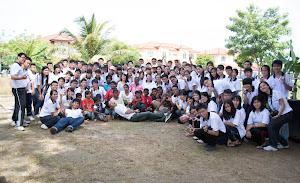 卓越青年参访爱大华孤儿院 11月/2012
