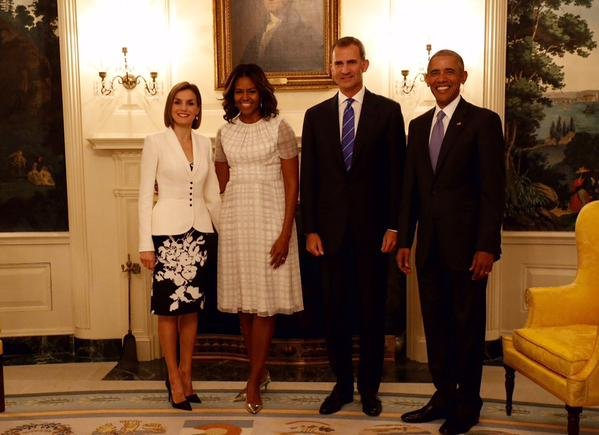 queen letizia meets with us first lady michelle obama