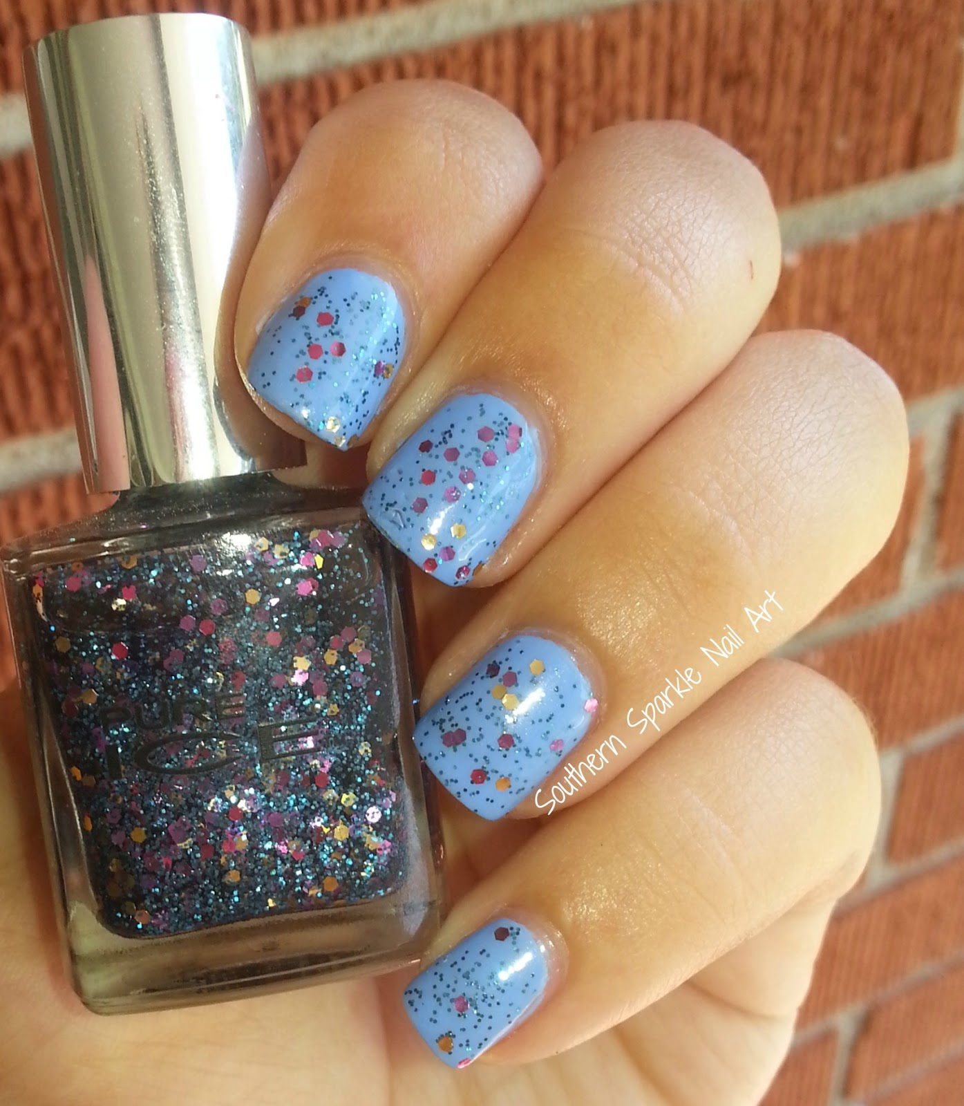 Southern Sparkle Nail Art: June 2014