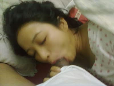 Desi Bhabhi Sucking Dick indianudesi.com