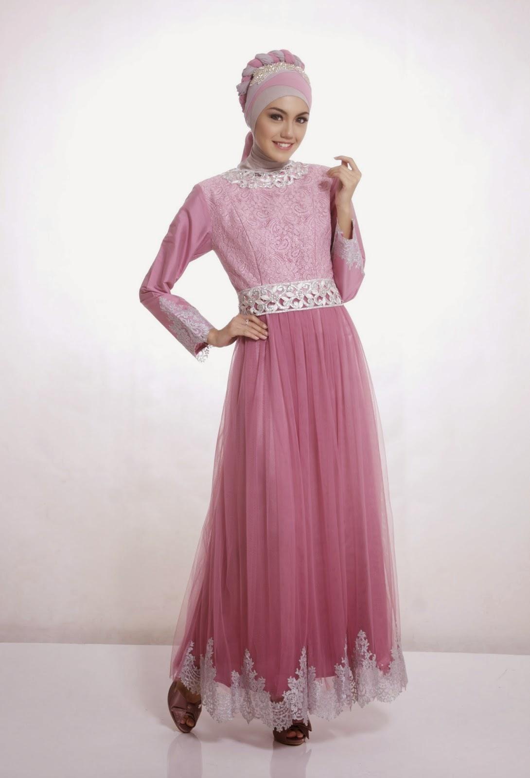 gaun pesta muslim pink