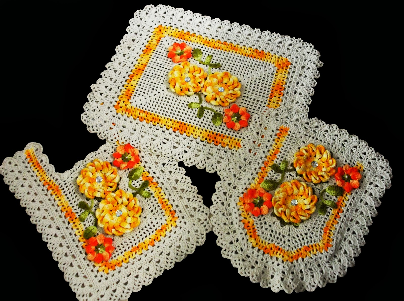 Tapete Floral Para Banheiro : Bijulinhas: Jogo de Tapete de Banheiro com Flores Amarelas