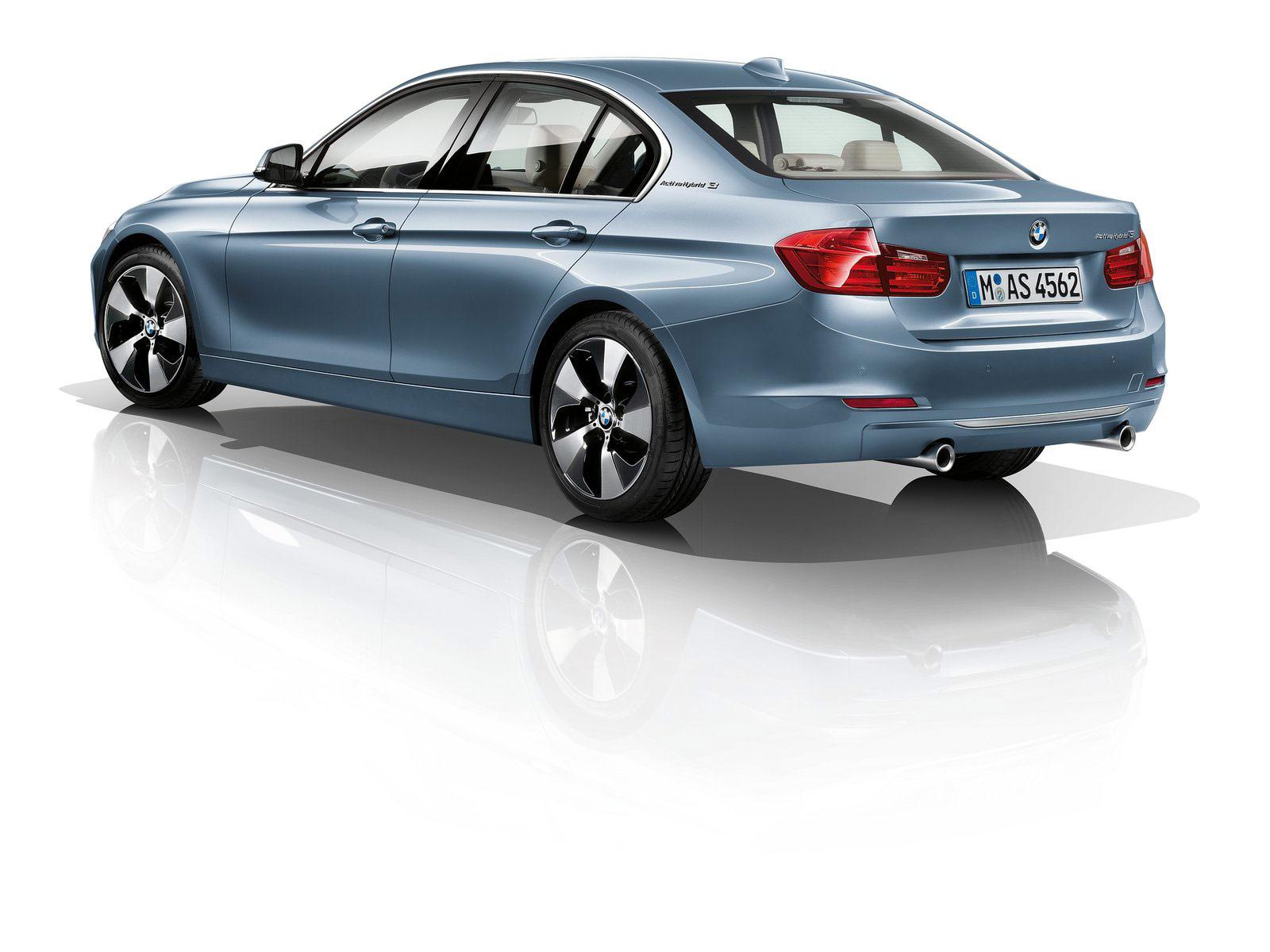 http://3.bp.blogspot.com/-pra_P_hsUKM/Tpl2s5dAkxI/AAAAAAAAGMk/v0szoilvg4s/s1600/BMW-3-Series_2012_bmw-desktop-wallpapers_9.jpg