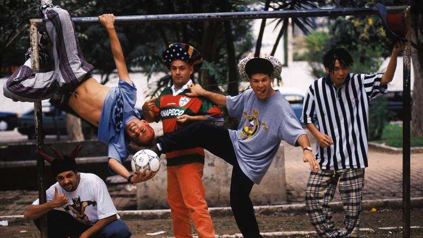 Uma incrível banda Brasileira de rock cômico, se ia a 16 anos