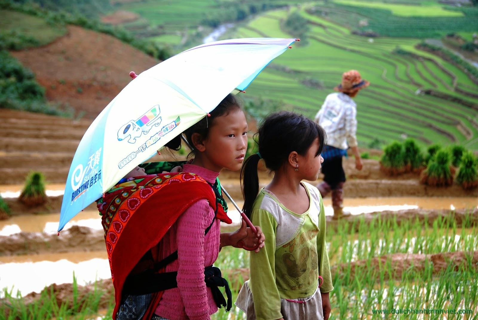 Đi bộ tham quan làng Mã Tra ở Sapa - 06.2014