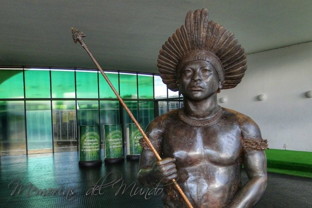 Memorial de los pueblos indigenas de Brasilia