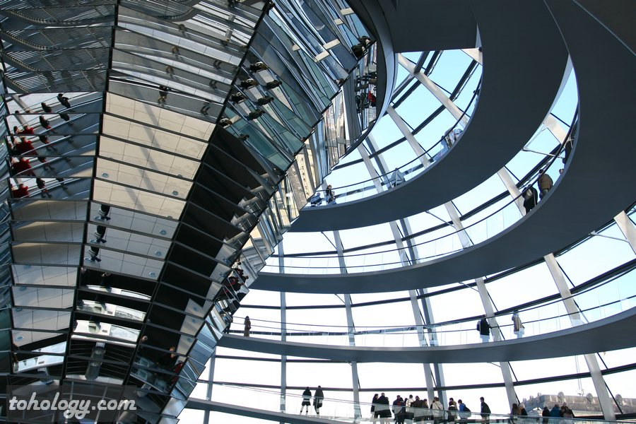 Inside the Reichstag dome / Внутри купола Рейхстага