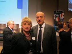 *Morgane BRAVO & M. Alain JUPPÉ, Ministre d'Etat, Ministre des Affaires étrangères*